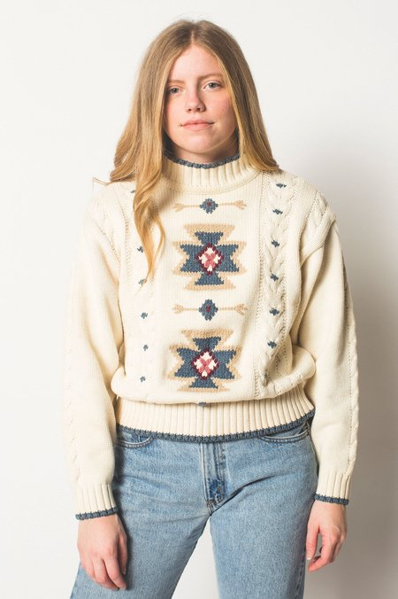 Vintage Preservation Cable Knit Sweater - Cream