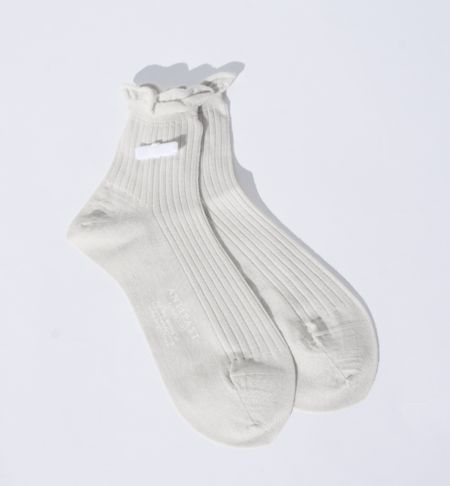 Antipast Velvet Bow Ankle Socks