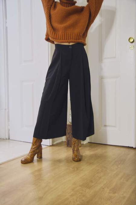 Yuka Paris Sibel Wide Leg Trousers - Black