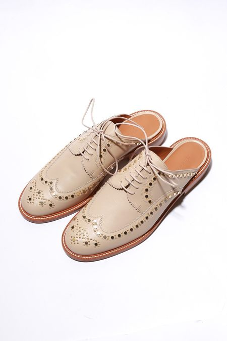 Robert Clergerie Amber Studded Wing-Tip Mule - Beige