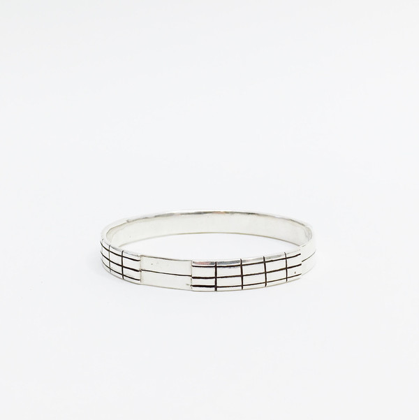 Karenn.la Grid Bangle