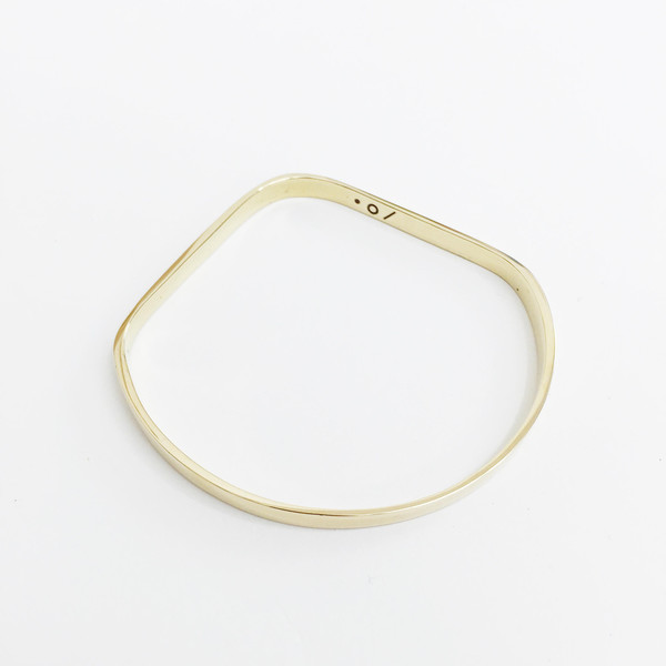 Twenty Two Hours Drop Bangle