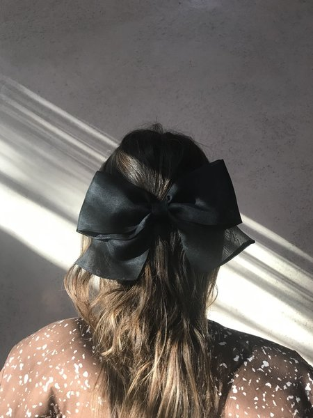 Bianca and Red Studio Classic Large Organza Bow - Black