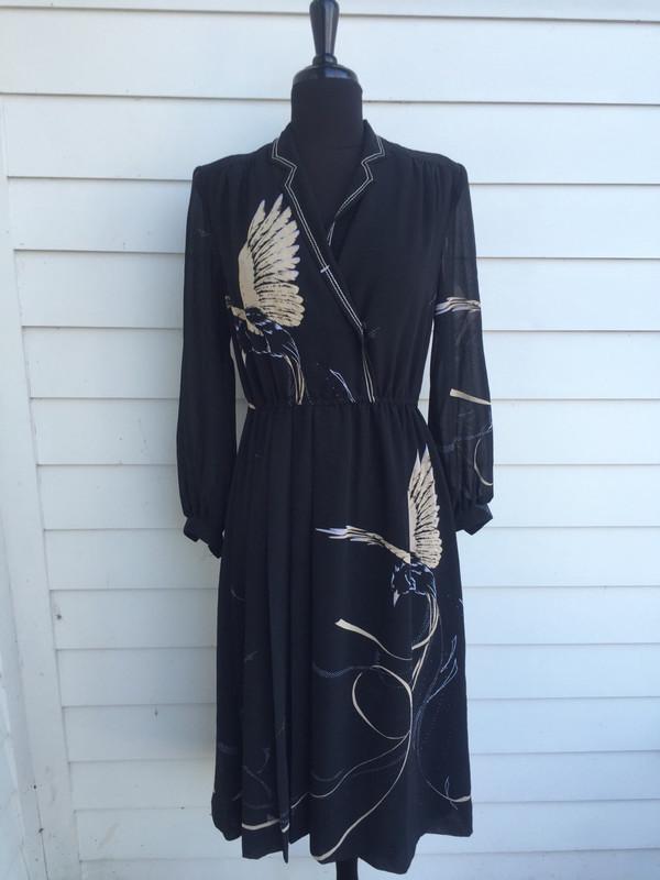 Japanese vintage pattern bird print 80's dress in size medium