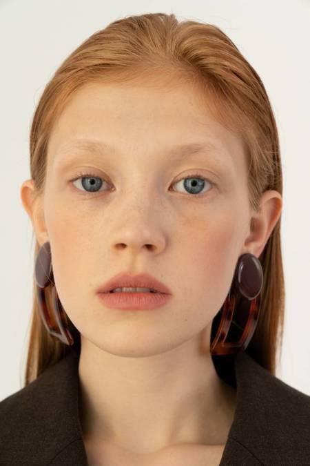 Bae Bae Volume Orna Square Earrings