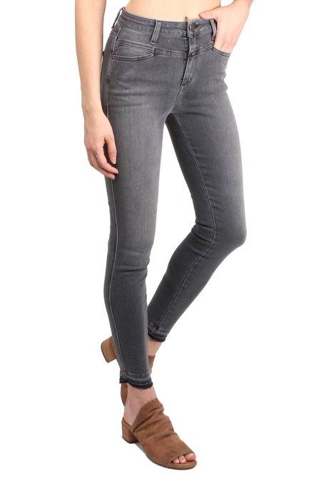 Closed Skinny Pusher Jeans - Black Power
