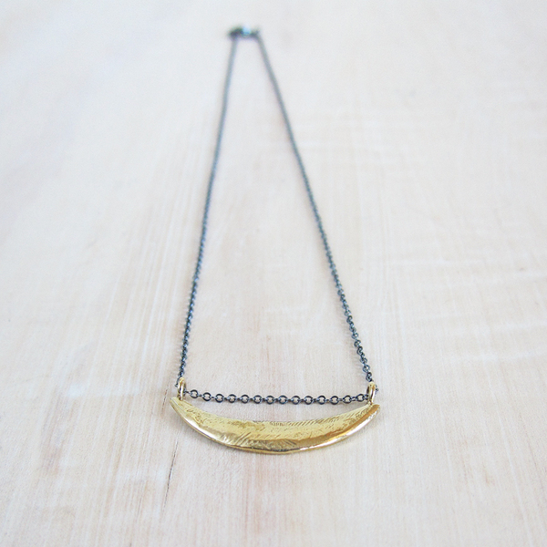 Satomi Studio sliver pendant necklace