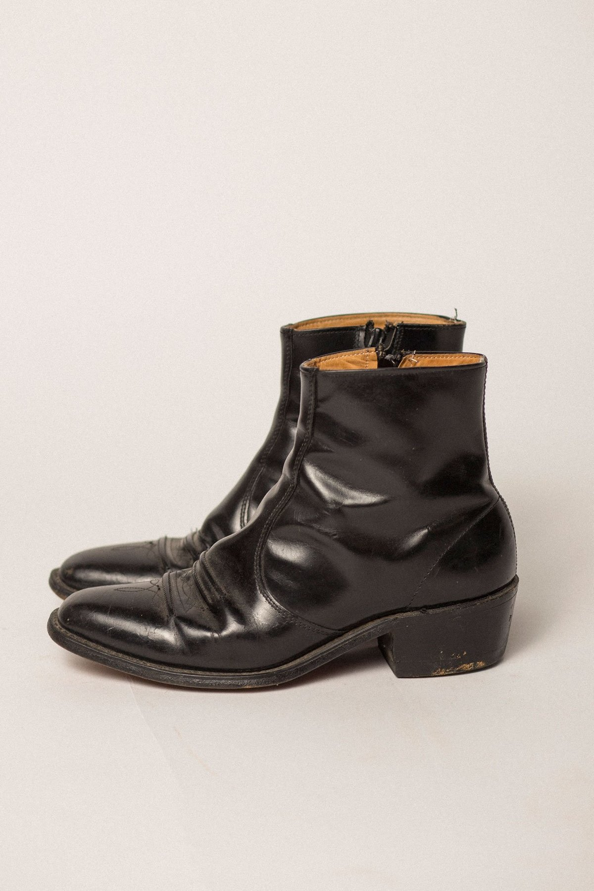 3120f2d3dd4 VINTAGE Preservation Western Boots - BLACK