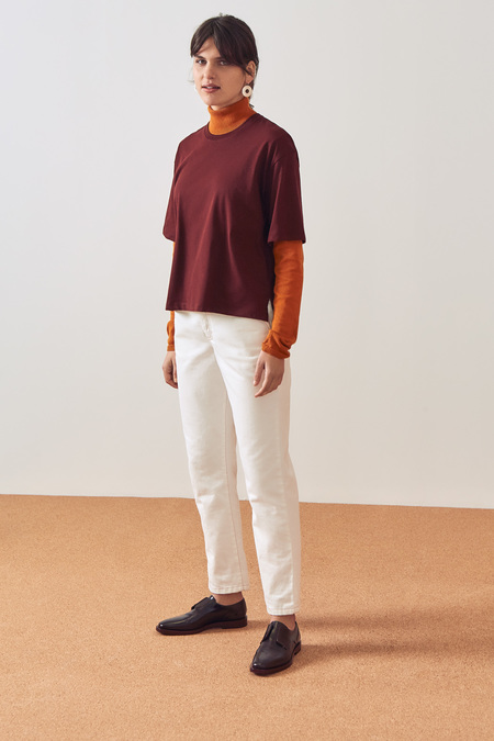 Kowtow Building Block Boxy Tee in Wine