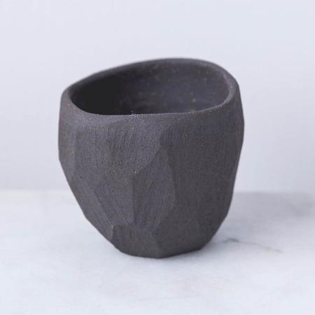 Skandihus matt pinch pot - Black