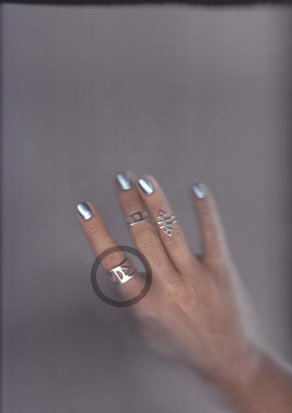 ALYNNE LAVIGNE  Eye Ring