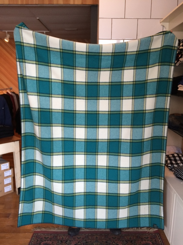 Woolrich Fawn Grove 100% Wool Blanket Throw
