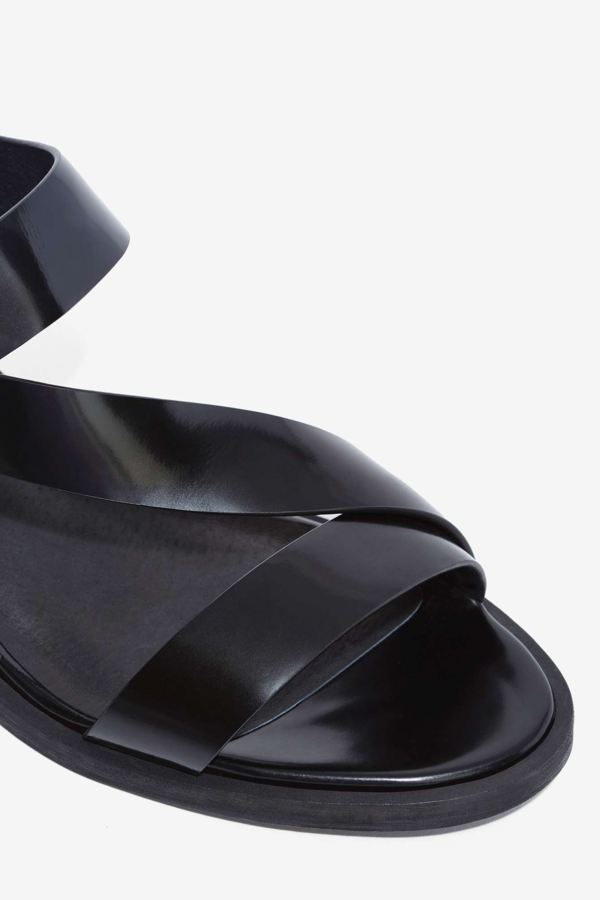 Intentionally Blank Box Leather Emmit Sandal - Black