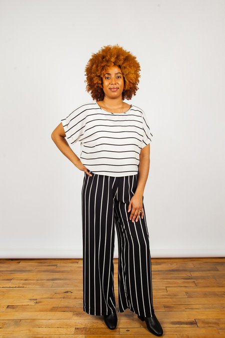 Sara Duke YFS Crop - Cream/Stripe