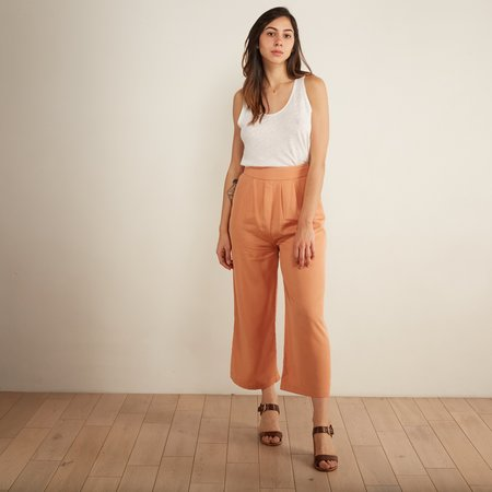 Eve Gravel Morocco Pants - Pamplemousse