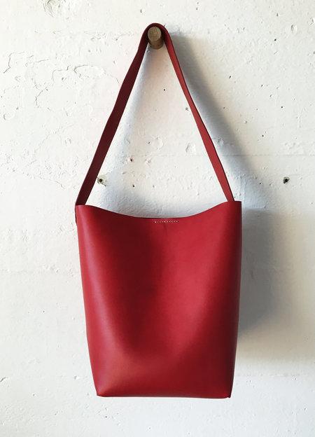 Santa Venetia Goods Italian Veg Tan Bucket Bag - RED