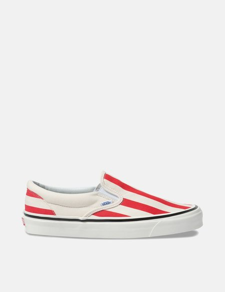 4a64897420 ... Vans Classic Slip-On 98 DX (Canvas) - White OG Red
