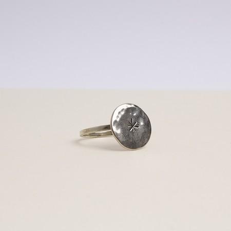 Kontora sisters round star ring - silver