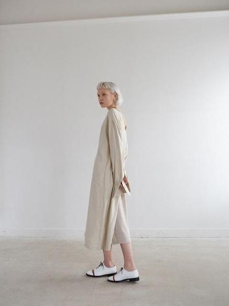 LOYIQ LQ8001 Oxford - White/Camel