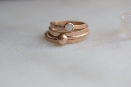 Better Shop Bk Orb Ring - Gold