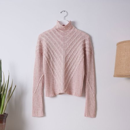Good Omen NYC Plated Cable Pullover - Light Pink/Ivory