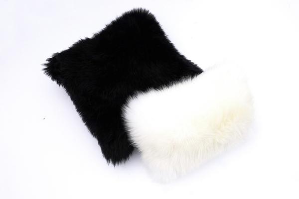 "Primecut Black Sheepskin Pillow (17"" x 17"")"