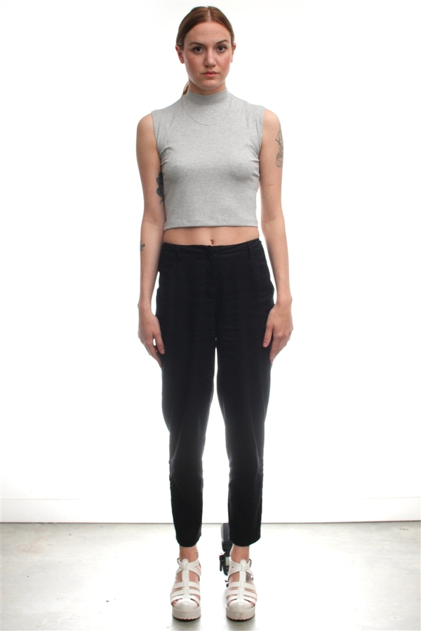 Nomia Mock Neck Muscl