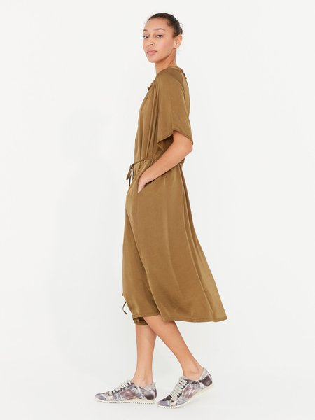 Raquel Allegra Flutter Midi Dress - Tobacco