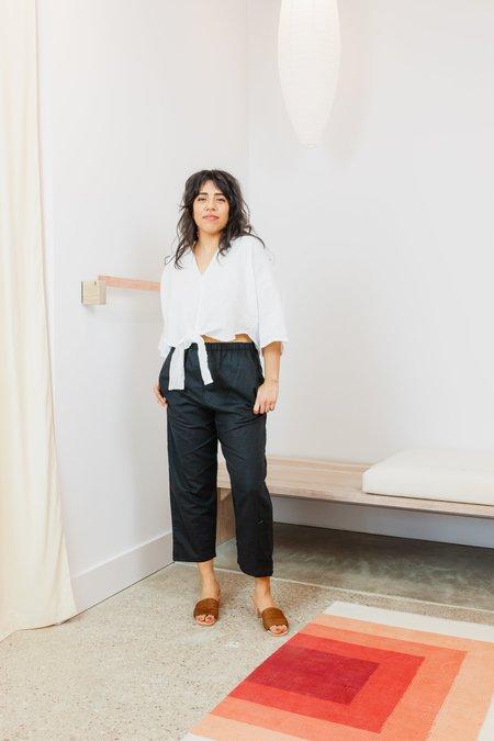 Miranda Bennett Linen Cropped Kahlo Top - White