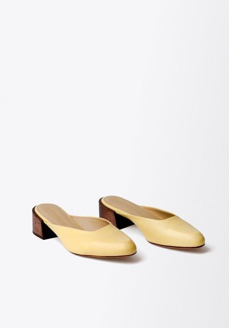 Mari Giudicelli Leblon Mule - Palido Yellow