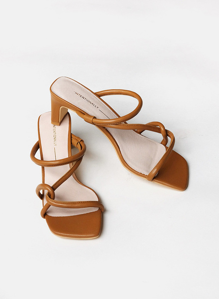 """INTENTIONALLY __________."" Willow Cross Strap - Toffee"