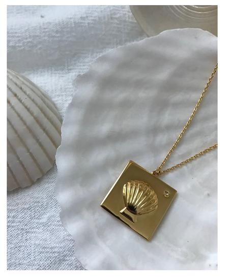 Vayu Shell Necklace - 14k Plated Brass