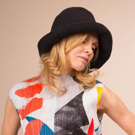 70020f51e414c ... Lauren Manoogian Crochet Bell Hat - Black