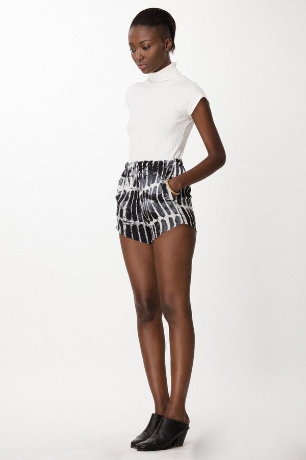 Osei-Duro Dash Shorts in Black Chalk