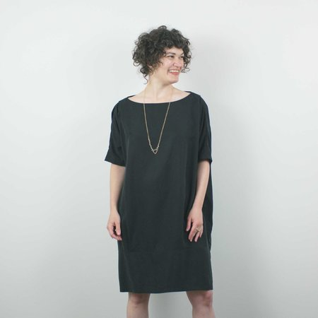 Lu. The New World Guest Dress - Abyss