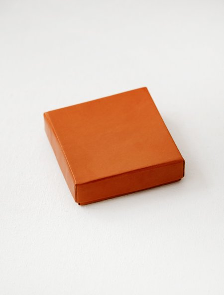Isaac Reina Objects 867 Lid Box with Set of Coasters - Natural