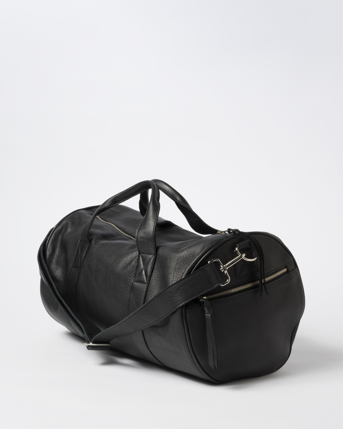 Clyde Duffel Bag in Black Leather  b6ade3804e5d4