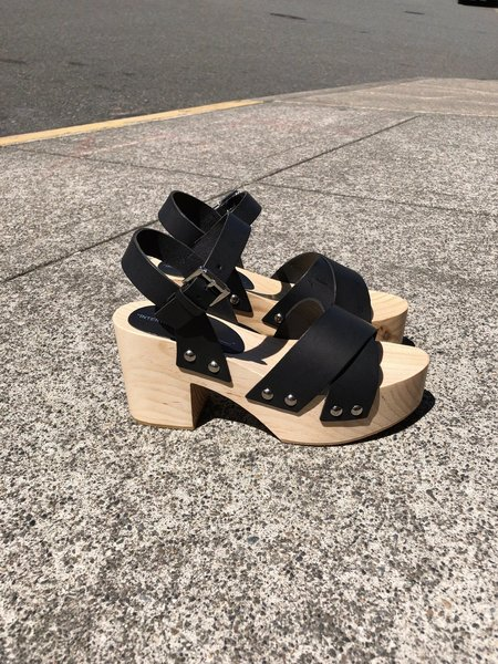 """INTENTIONALLY __________."" Twin Clogs - Black"