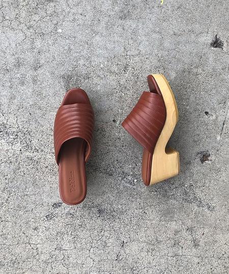 Beklina Open Toe Ribbed Clog - Wet Clay