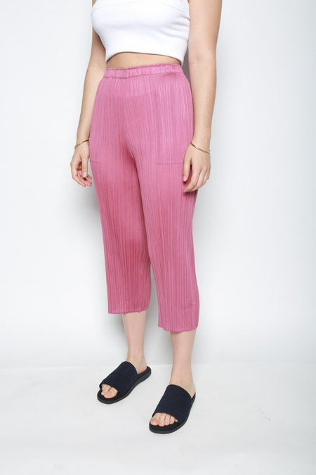 Issey Miyake May Cropped Pleated Pant - Rose Pink