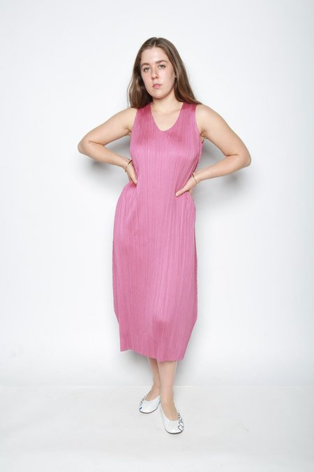 Issey Miyake May Sleeveless Pleated Dress - Rose Pink