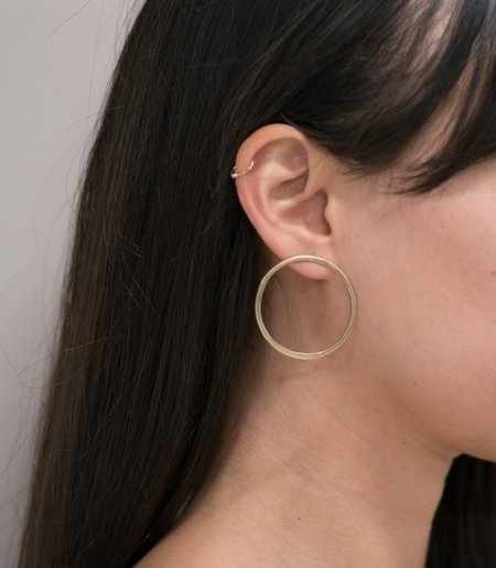 MAAARI MINI HOOPIES earrings - BRASS