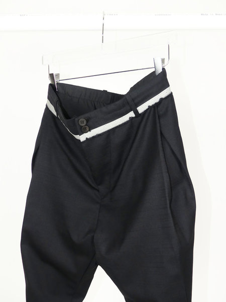 MOOHONG LOW CROTCH PANTS - BLACK