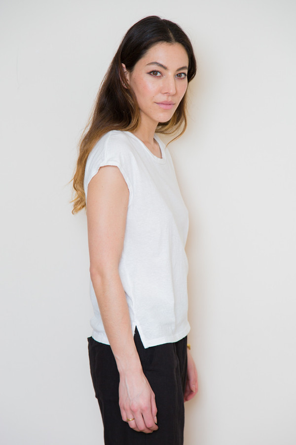 atelier delphine cap sleeve tee in white