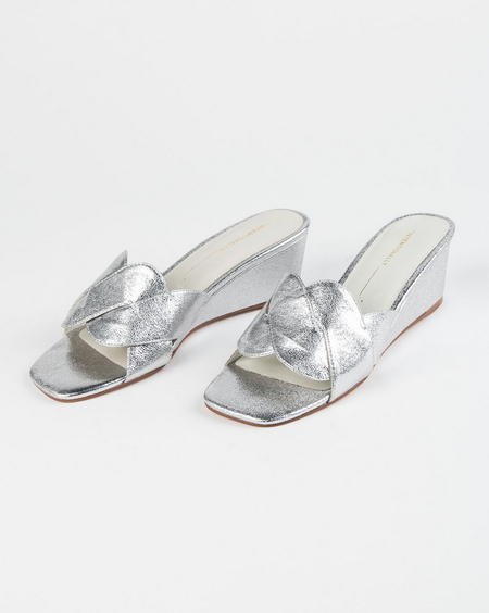 Intentionally Blank Tippy Mule - Silver