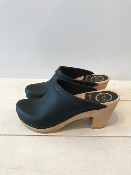 No.6 Old School High Heel - Black
