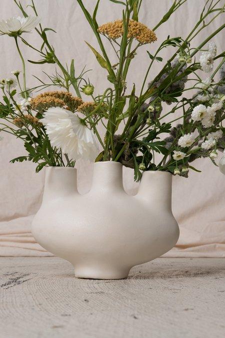 Simone Bodmer Turner AORTIC VESSEL - white