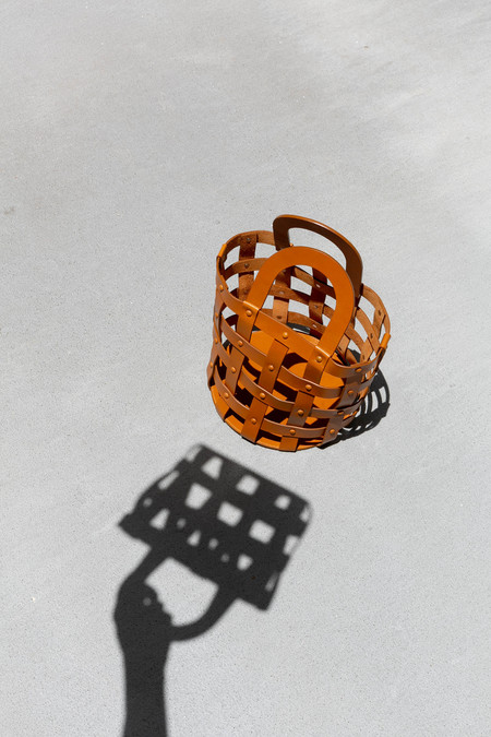 BUILDING BLOCK SMALL WOVEN BASKET - CHESTNUT