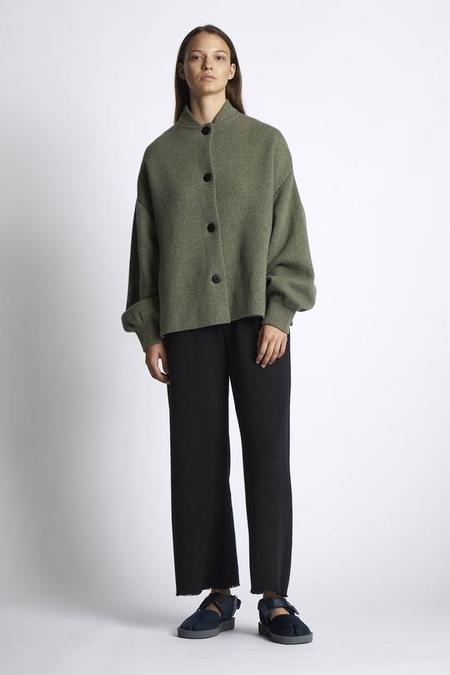 Unisex Oyuna Lak Knitted Cashmere and Wool Cropped Trousers - Black