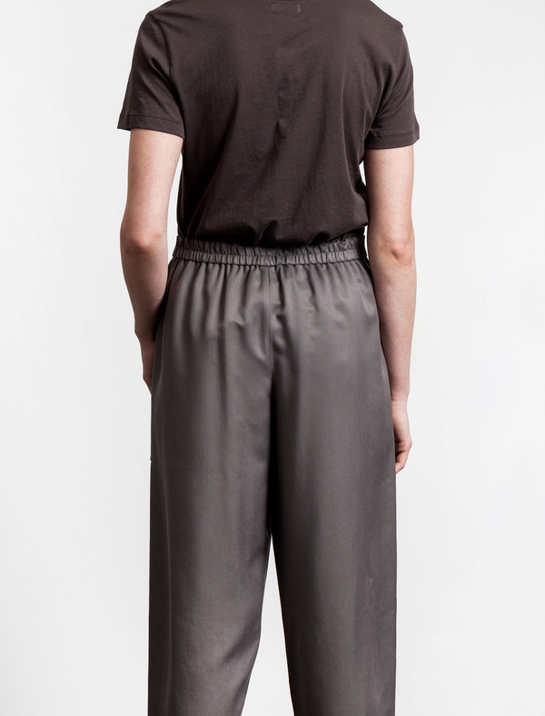 Lemaire Elasticated 3/4 Trousers Olive Grey